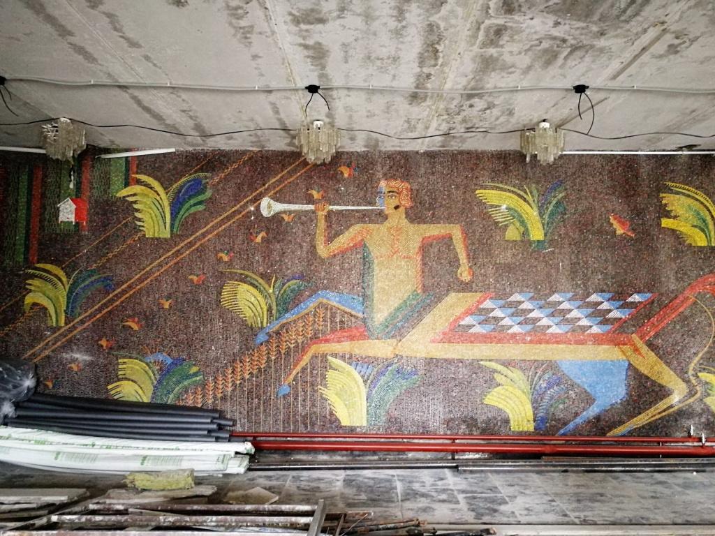 mozaika-v-dk-chastaya-dubrava-scaled.jpg